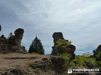 Ciudad Encantada de Tamajón - Retiendas - Almiruete;excursiones desde madrid; cerezos en flor valle